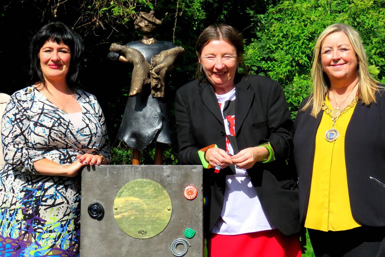 Jean Cameron, Mandy McIntosh and Provost Lorraine Cameron